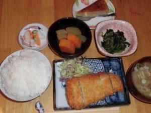JAFAREC Shelter deep fried pork katsu set meal